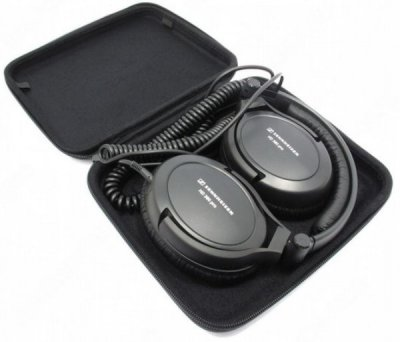 Sennheiser HD 380 folded in case