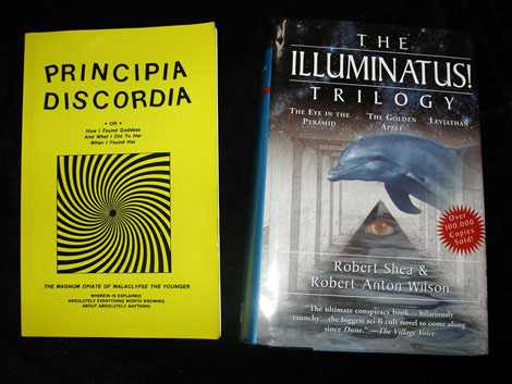 Discordia and Illuminati sm