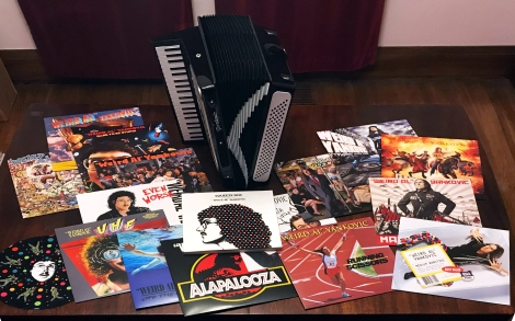 Weird Al Yankovic - Squeeze Box 03