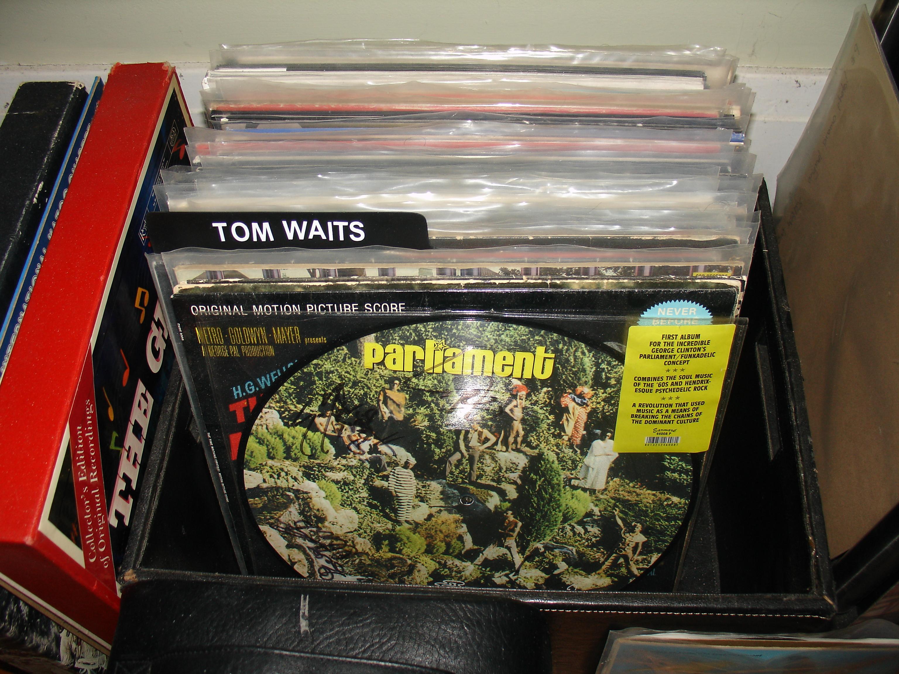06 Tom Waits