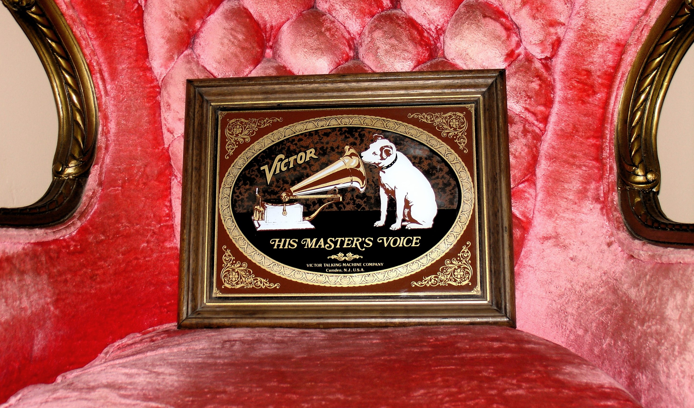 01 Victor Talking Machine His Master's Voice Antique Art Mirror on Red Velvet Chair